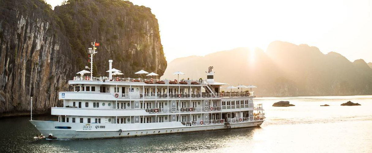 Au Co Cruise 3 days/ 2 nights