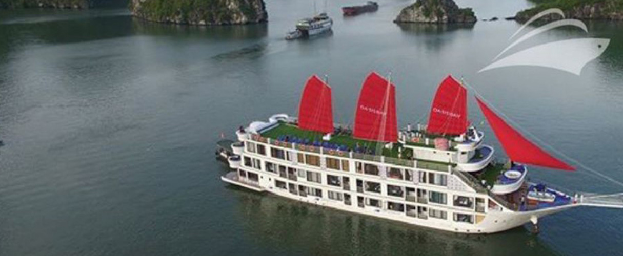 Oasis Bay Party Cruise 3 days/ 2 nights