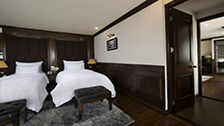Family Suite Connecting
