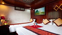 1 night boat + 1 night hotel 3*/Viet Bungalow