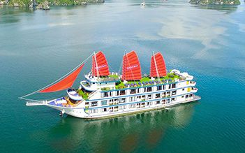 Oasis Bay Party Cruise 2 days/ 1 night