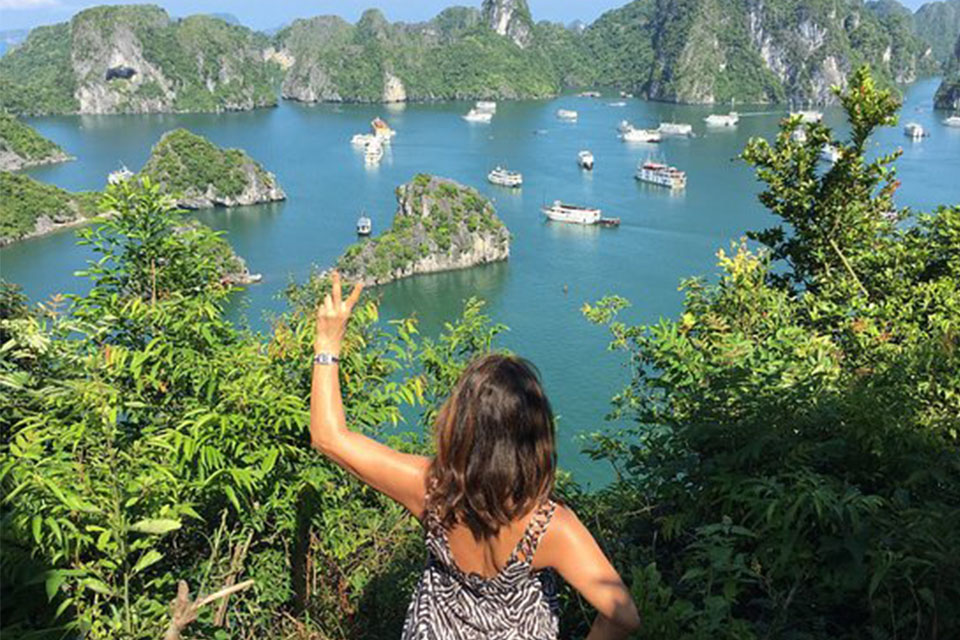 halong-bay-ancora-cruise-2-days