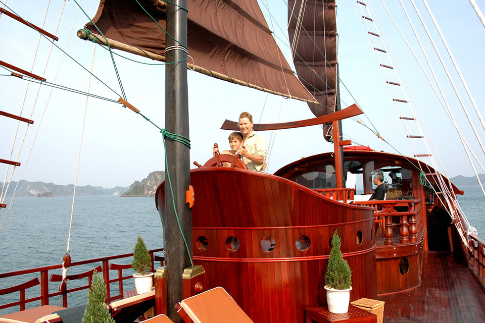 dragon-gold-cruise-3-days-2-nights-2