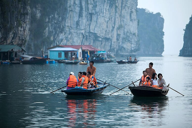 rowing-boat-bhaya-classic-cruise-3-days-2-nights