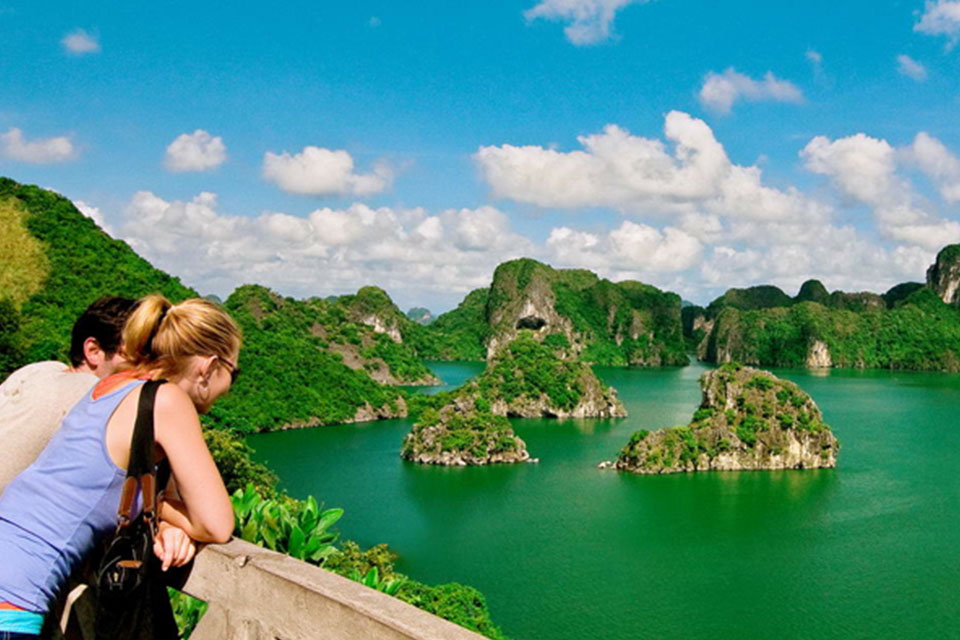 sight-seeing-halong-cat-ba-island -3-days-2-nights-3