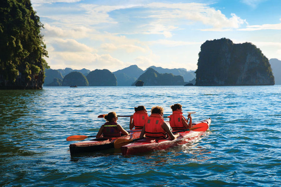 halong-swan-cruise-3-days-2-nights-4