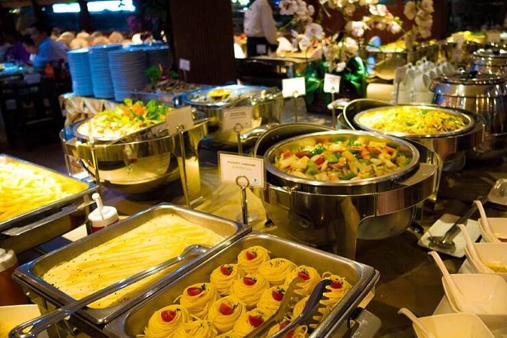 buffet-on-cruise