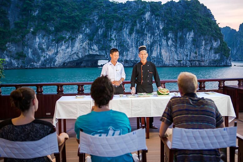 cooking-class-dragon-legend-cruise-2days-1night
