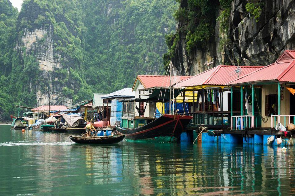 cua-van-floating-village-aphrodite-cruise-3-days-2-nights-3