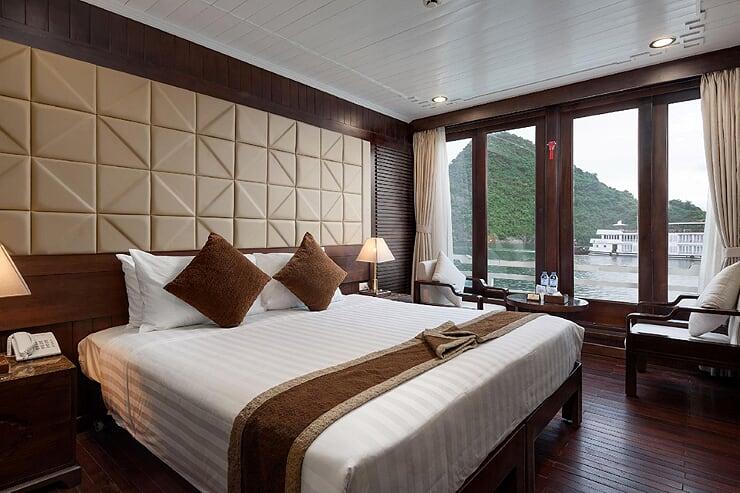 deluxe-ocean-view-cabin