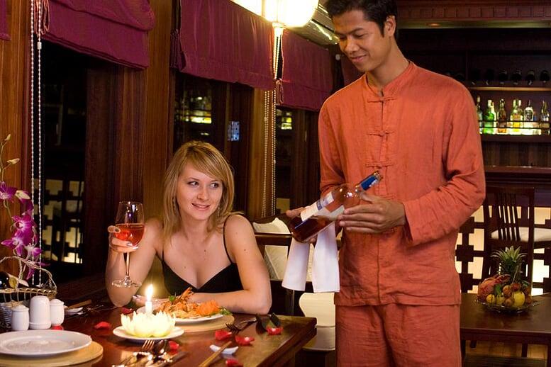 dinner-valentine-cruise-3-days-2-nights-4