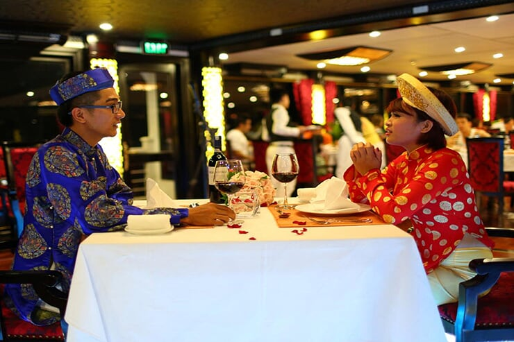 dinner-with-traditional-dress