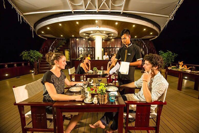 dinning-dragon-legend-cruise-2days-1night