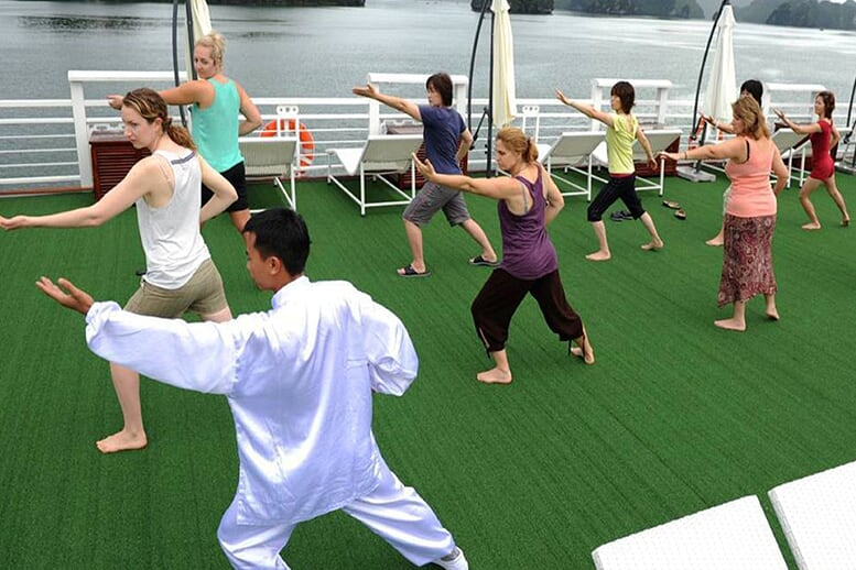 tai-chi-pelican-cruise-2-days-1-night