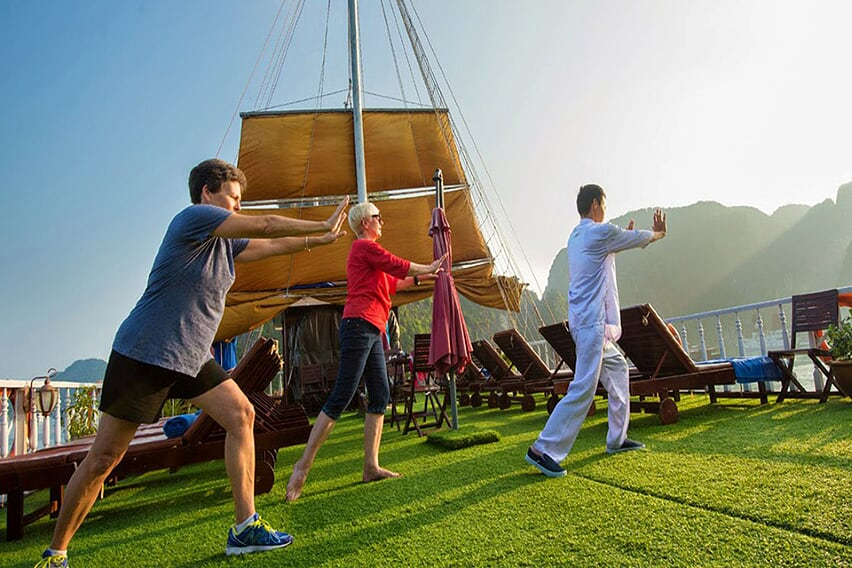 tai-chi-grayline-cruise-3-days-2-nights