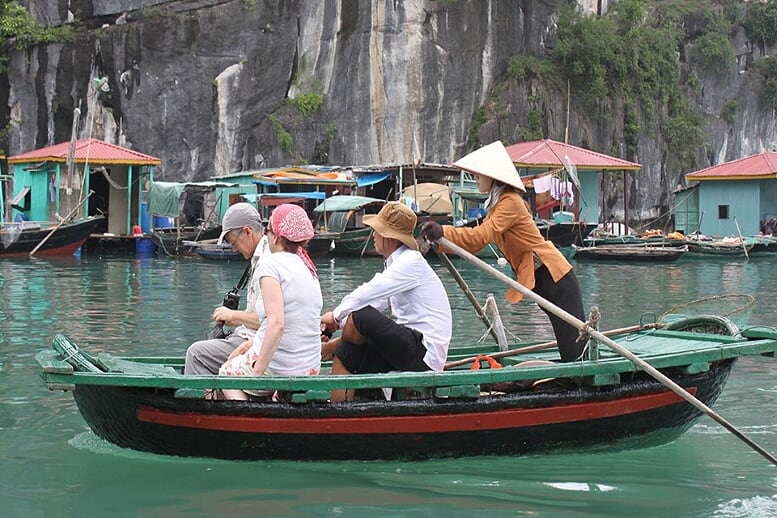 fishing-floating-village-prince-junk-3-days-2-nights
