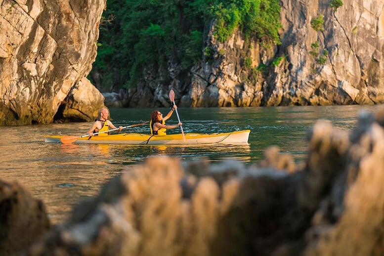 kayaking-dragon-legend-cruise-2-days-1-night