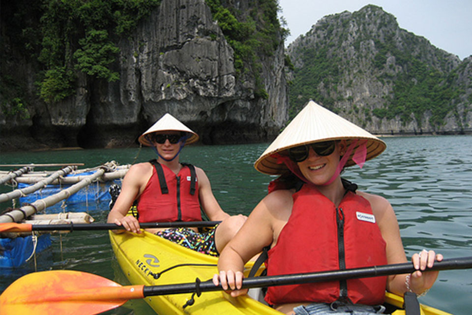 kayaking-athena-luxury-cruise-2-days-1-night
