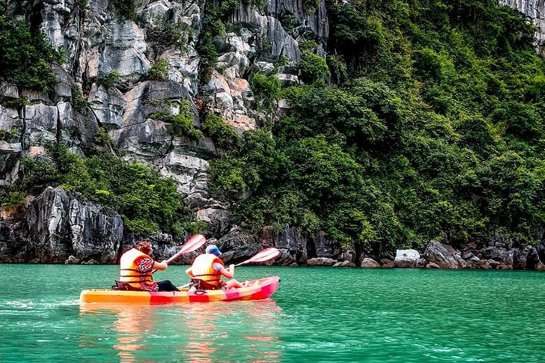 kayaking-signature-cruise-3 days-2-nights