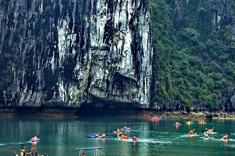 kayaking-pelican-cruise-2-days-1-night-4