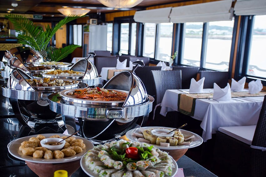food-syrena-cruise-3-days-2-night