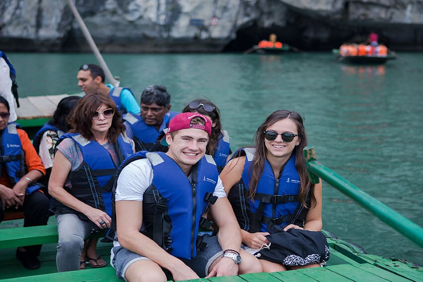 luon-cave-syrena-cruise-3-days-2-nights