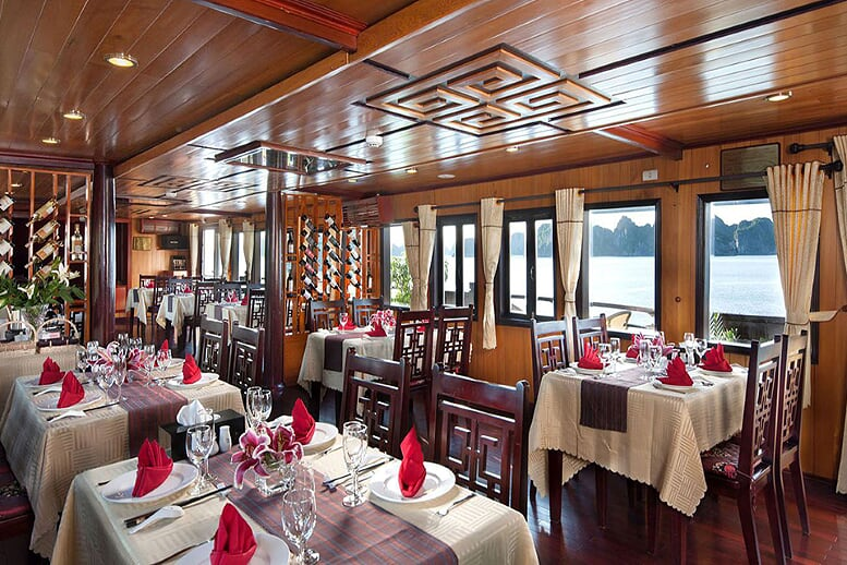 restaurant-paloma-cruise-3-days-2-nights