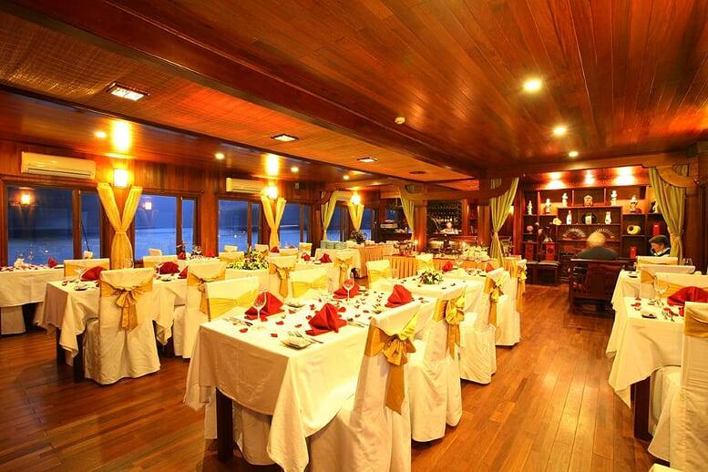 restaurant-indochina-sails-2-days-1-night-3