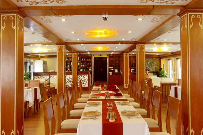 restaurant-huong-hai-sealife-cruise-2-days-1-night-2