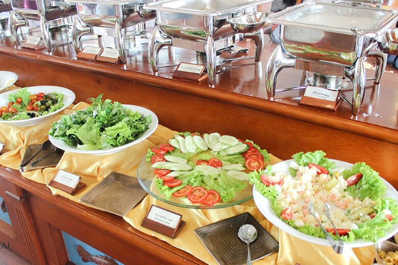 food-restaurat-huong-hai-sealife-cruise-2-days-1-night-3