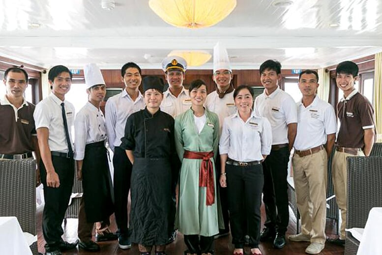 staff-bhaya-classic-cruise-2-days-1-night