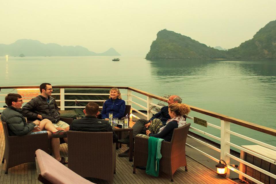 sundeck-apricot-premium-cruise