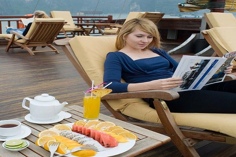 relax-indochina-sails-2-days-1-night