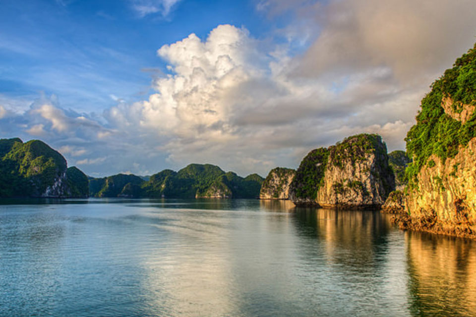 halong-bay-view
