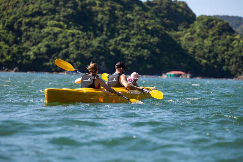 la-paci-cruise-kayaking