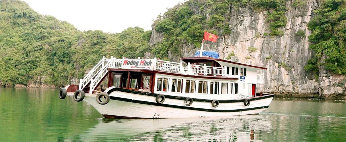 Chuyến du thuyền riêng Hạ Long từ Hà Nội (4 giờ)