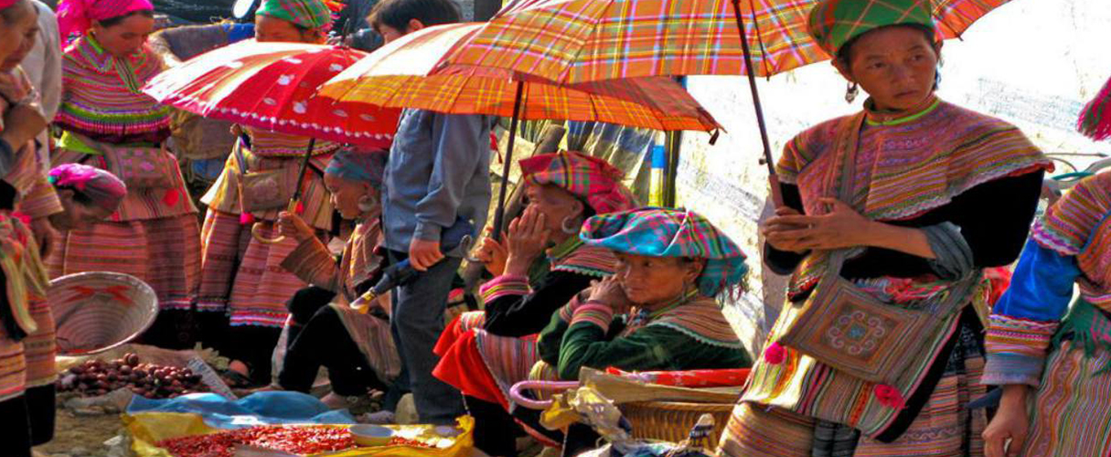 Sapa - Bac Ha market 2D1N by bus every Saturday