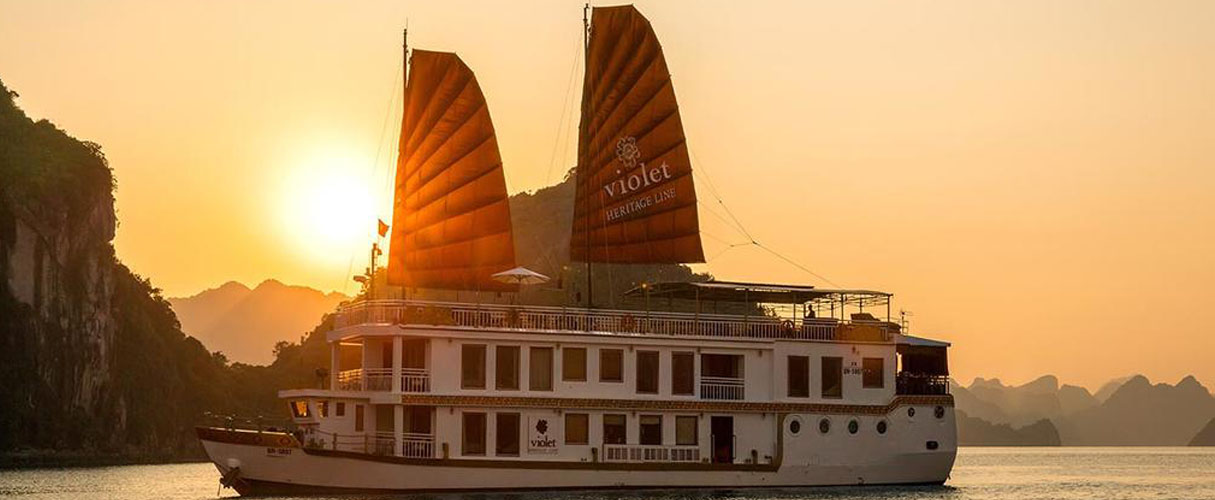 Heritage Line Violet Cruise 3 days/2 nights