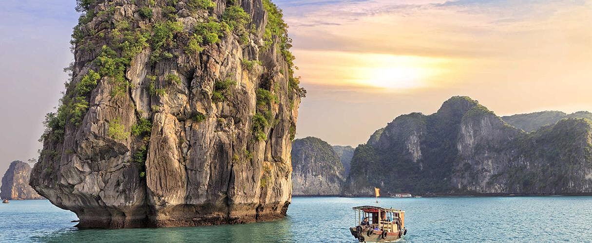 Combo Hanoi - Halong 3 days