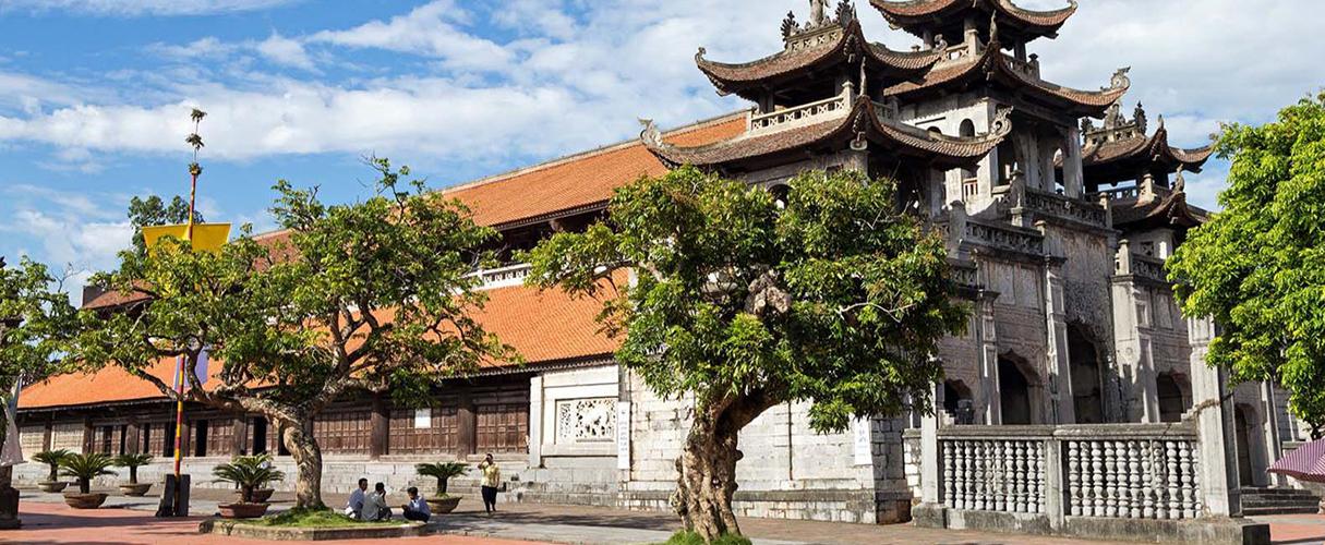 Kenh Ga Hot spring - Phat Diem Cathedral full day private