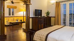 Luxury (4*++ hotel)