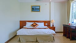 Private tour + 01 night at 2* hotel