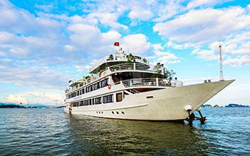 Halong private boat trip from Hanoi (4 hours)