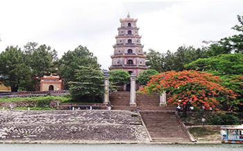 Glimpse Tour of Hue half day