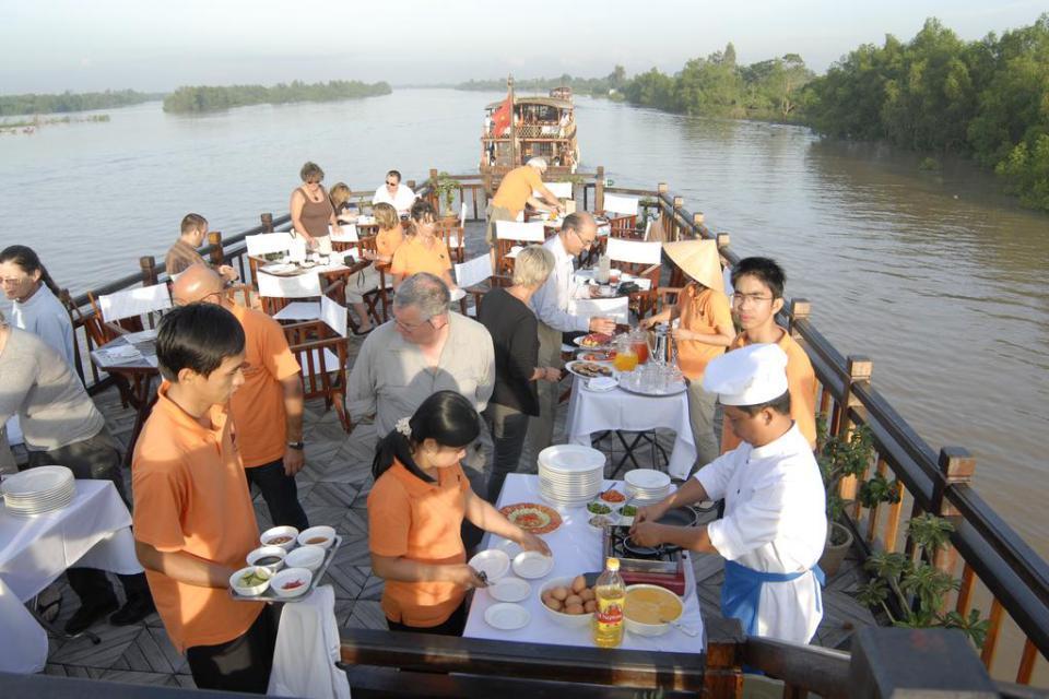 mekong-eyes-cruise-3-days-saigon-phu-quoc-7