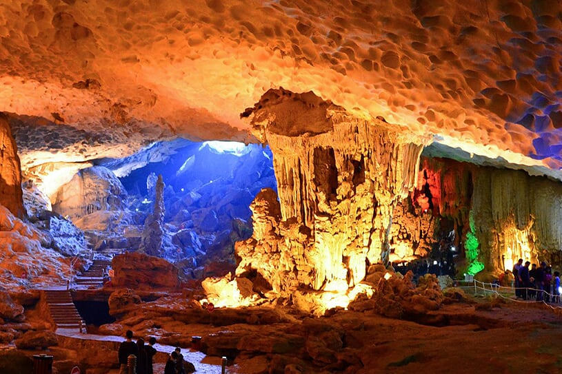 sung-sot-cave