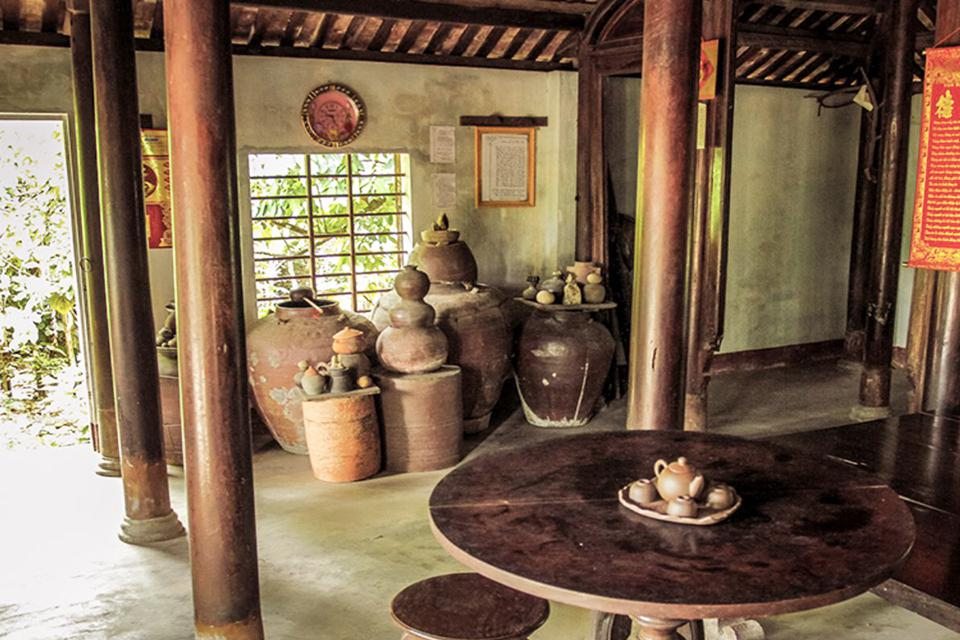 ancient-house-at-phuoc-tich-village