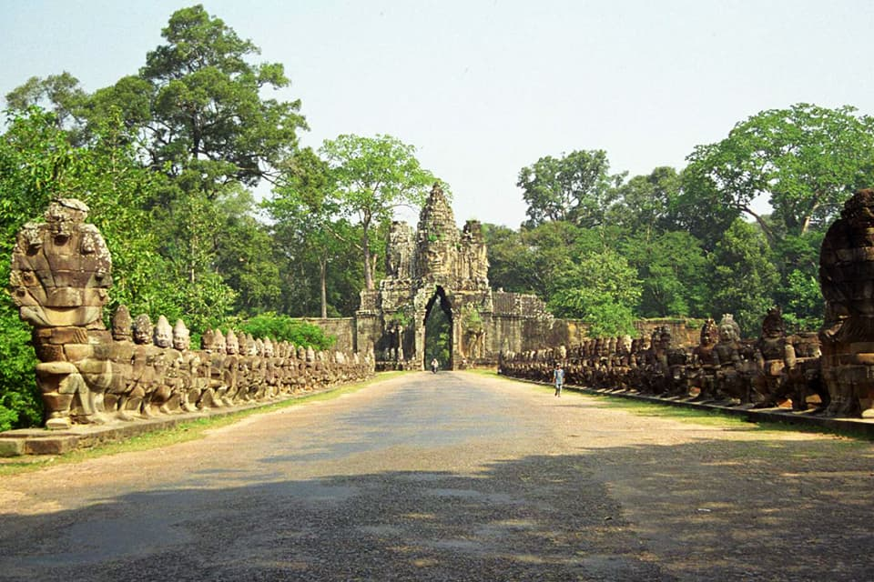 Mysterious Angkor Private 3 days/ 2 nights
