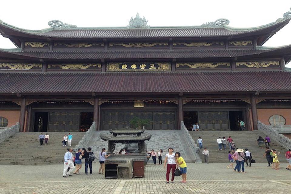 bai-dinh-pagoda-trang-an-cave-full-day-2