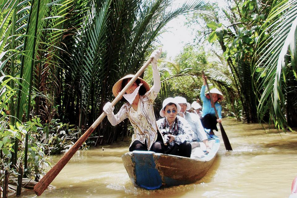 960-boat-trip-in-mekong
